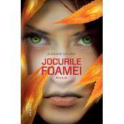 Suzanne Collins - Jocurile Foamei: Revolta (Hardcover)
